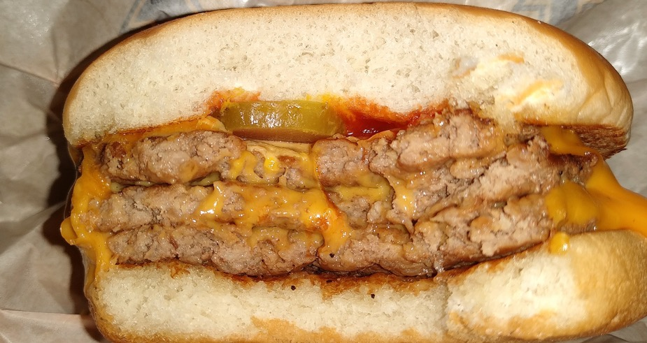 チーズバーガーって最高!!